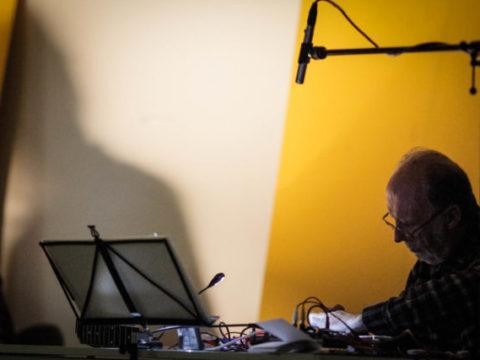 KEITH ROWE & MICHAEL PISARO – VENERABLE BEDE Sanatorium Dźwięku 2016 fot. Tomek OgrodowyczkKEITH ROWE & MICHAEL PISARO – VENERABLE BEDE Sanatorium Dźwięku 2016 fot. Tomek Ogrodowyczk